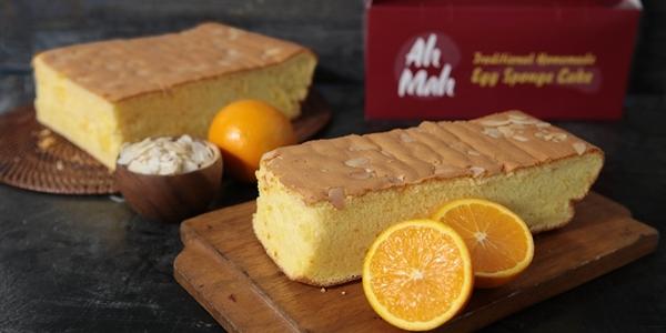Celebrate the Mid-Autumn Season with these Autumn Orange Cakes from Ah Mah