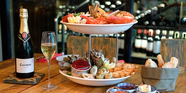 Feast on a P1,350 Seafood Platter at Dr. Wine's Sunday Brunch