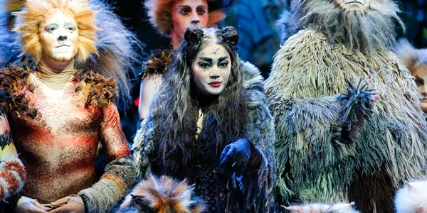 WATCH: The Cast of the Manila Company of 'Cats, The Musical'