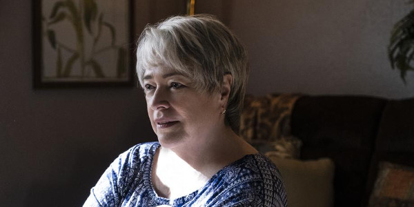 Kathy Bates Receives Acting Honors as Mother of Hero 'Richard Jewell'