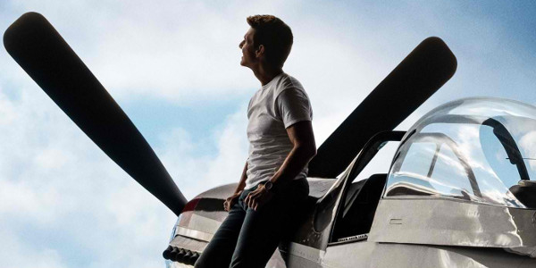 WATCH: Tom Cruises The Sky in New 'Top Gun: Maverick' Trailer