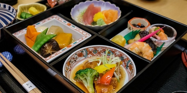 Read more about the article Michelin-starred 'Yamazato' Now Serving Fine Dining Japanese at Hotel Okura Manila