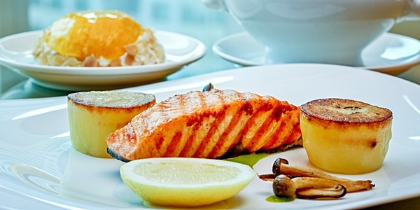 Read more about the article Sheraton Manila Bay Now Offers Business Lunch for only P999
