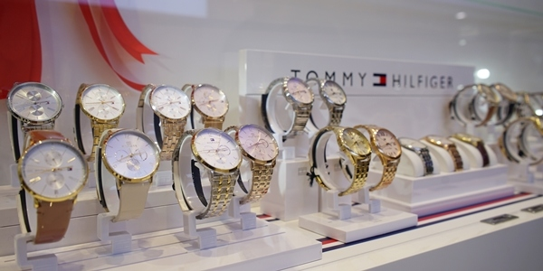 First Tommy Hilfiger Timepiece Boutique Opens in SM North EDSA