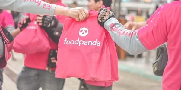 foodpanda Riders Left Work to Help Families Affected by Calamity