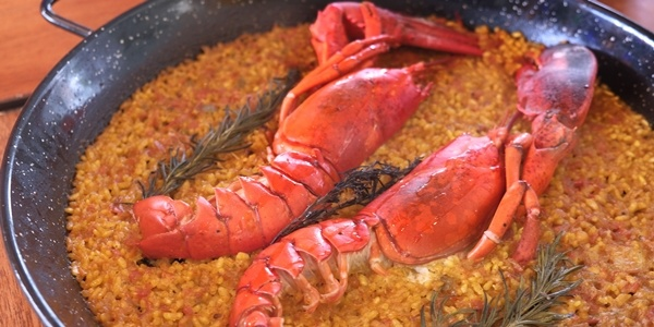 Cangrejos Locos in Alabang is The New Spot For Seafood-Crazed Paella Lovers!