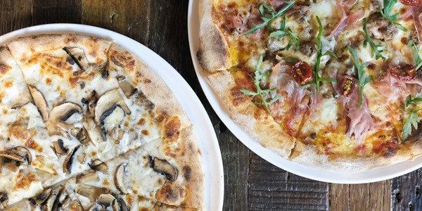 Firehouse in Alabang Serves Pizzas in 7 Minutes or Less!
