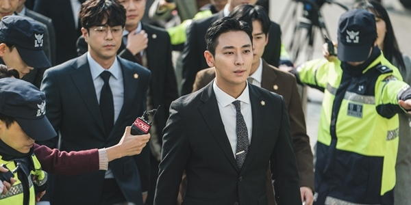Read more about the article 12 Korean Films and Drama Starring Your Favorite 'Kingdom' Actors