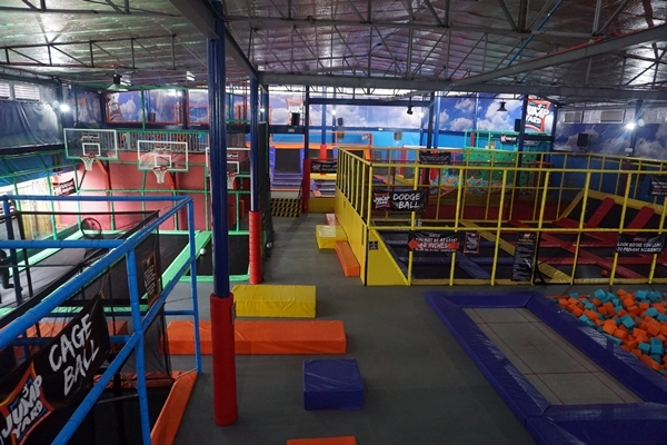 Check This Out Jump Yard Indoor Trampoline Park Opens In Frontera Verde Ortigas Clickthecity