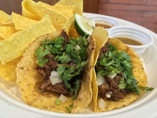 Carnitas de Puerco (pork) Taco