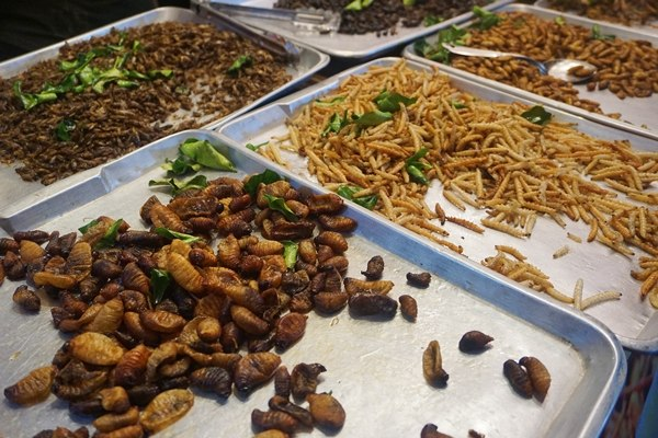 must try street food in Bangkok Thailand