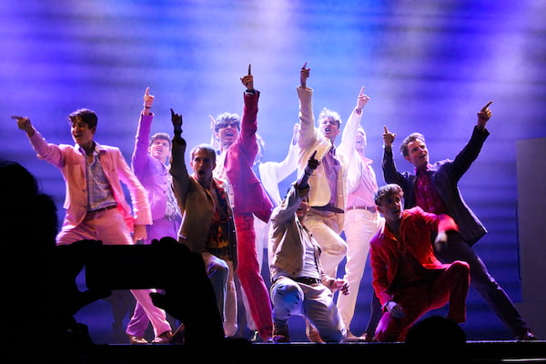 West End's 'Mamma Mia!' in Manila Performing 'Dancing Q