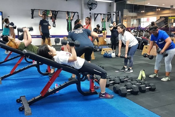 studios in metro manila for group fitness classes