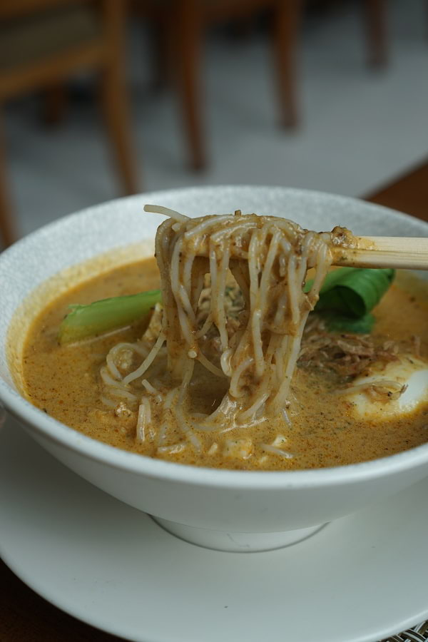 Shangri-La Fort's famous Curry Laksa