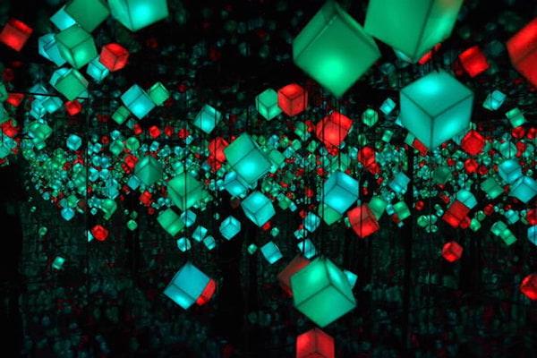 SM Aura Premier's Prism of Lights