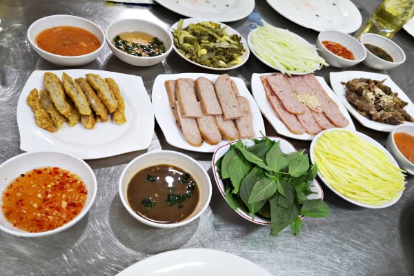 Where and what to eat in Vietnam ClickTheCity Food Guide