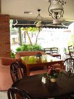 Mom & Tina's Bakery Cafe, Legaspi Village, Makati