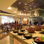 Circles Event Cafe (Makati Shangri-La, Manila)