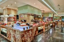 Marriott Café