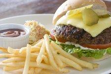 Cafe Adriatico: Hamburger