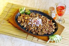 Gerry's Grill: Sisig