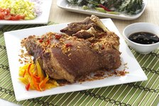 Gerry's Grill: Crispy Pata
