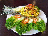 Khao Pad Ob Saparot - Pineapple Fried Rice