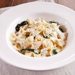 Spinach & Blue Cheese Farfalle