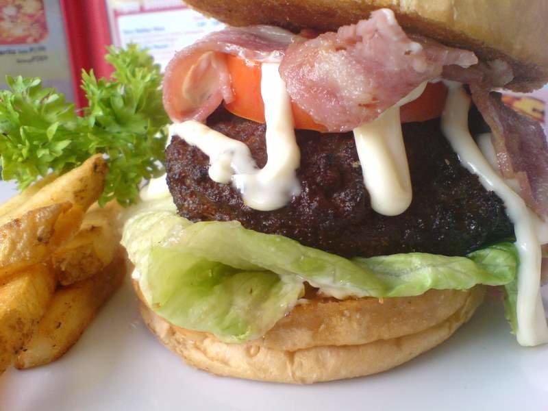 Fuzion smoothie cafe trinoma mall quezon city metro manila fuzion burger stopboris Gallery