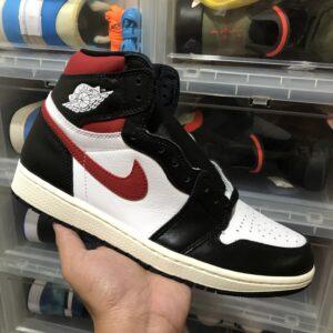 Air Jordan 1 High OG Black/Gym Red