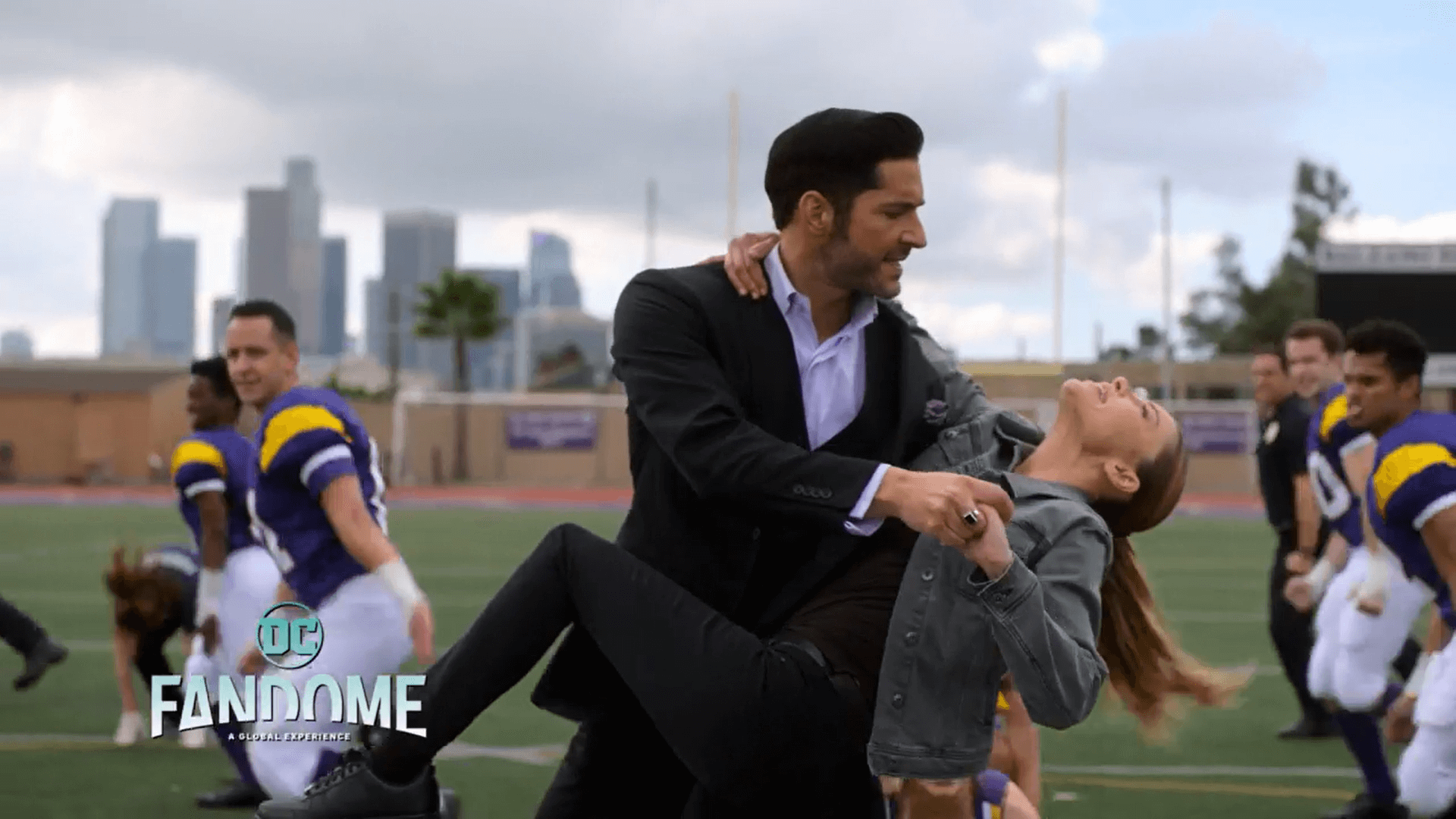 DC FanDome: Watch Lucifer & The Gang Sing & Dance for Show's Upcoming Musical Episode