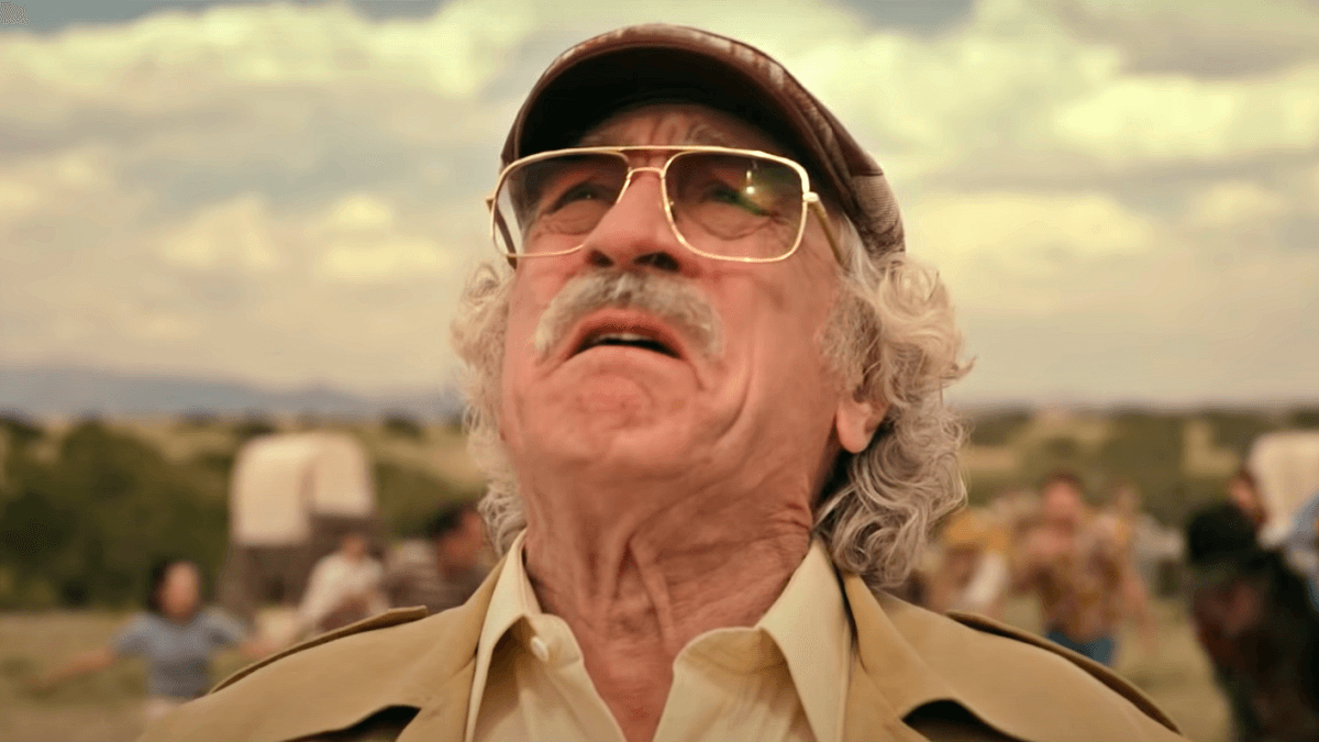 WATCH: Robert De Niro, Zach Braff Pull Off Stunt Scam in 'The Comeback Trail'