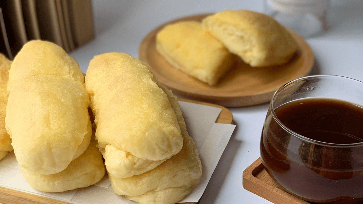 Merchant Spotlight: The Soft & Charming Cheese Rolls from 'VMV Cakes'