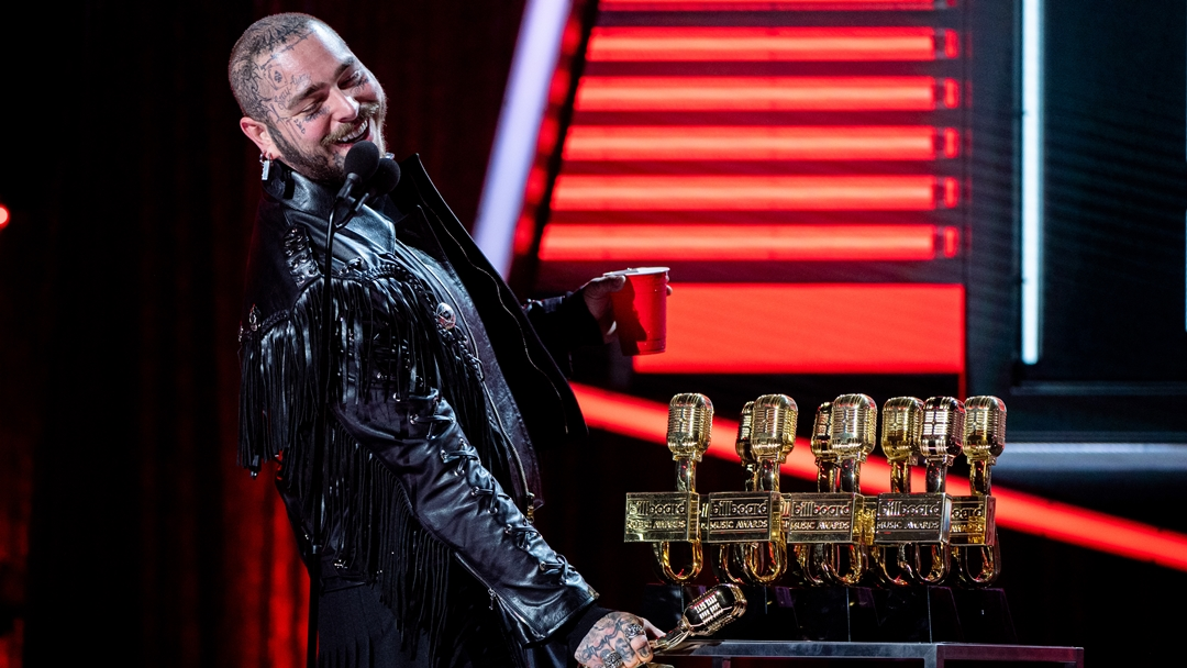 Check Out All the Winners of the Billboard Music Awards 2020