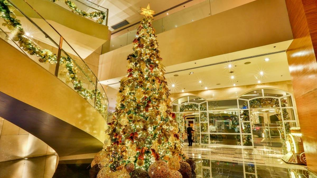 Watch The Marriott, Sheraton and Courtyard's Virtual Christmas Tree Lighting Event on Facebook