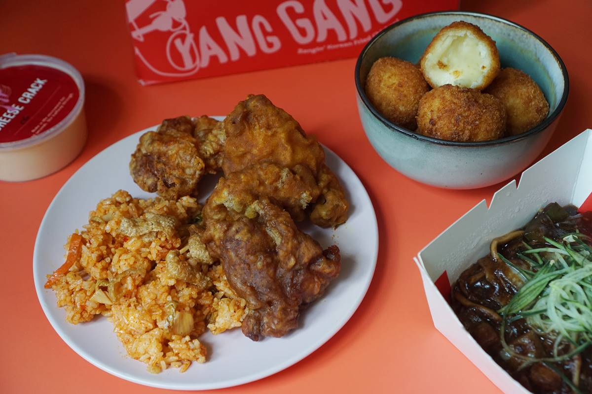 Yang Gang's Korean Fried Chicken and Cheese Crack Combo is Highly Addictive