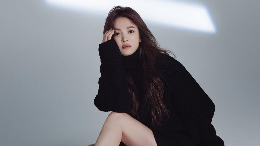 Read more about the article ICYMI, Song Hye Kyo is Reuniting With the Writer of 'Descendants of the Sun' for a New Drama!