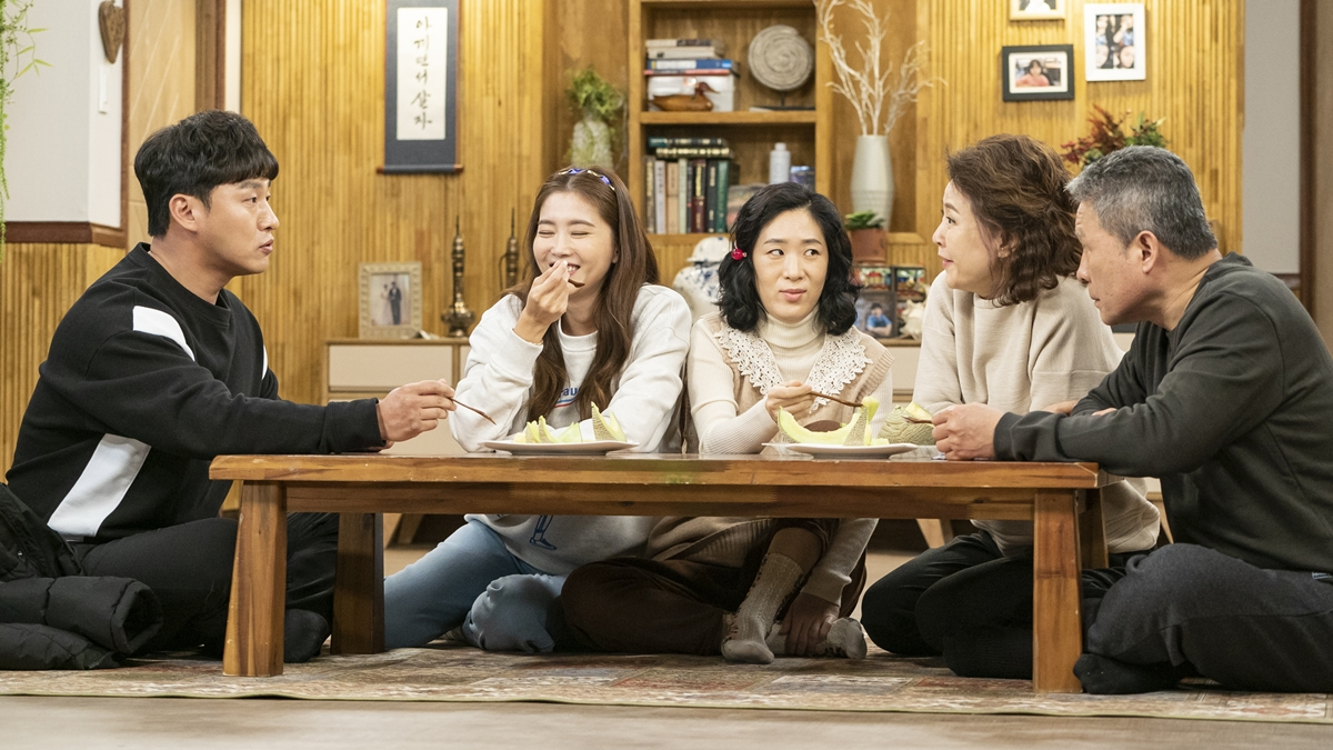 These Family K-Dramas are the Perfect Shows To Watch on Lunar New Year