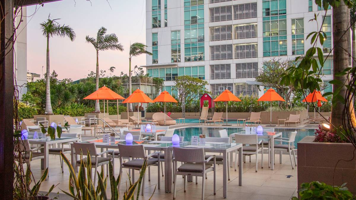 Stay Safe this Valentine's Day at Araneta City's Outdoor Dining Spots