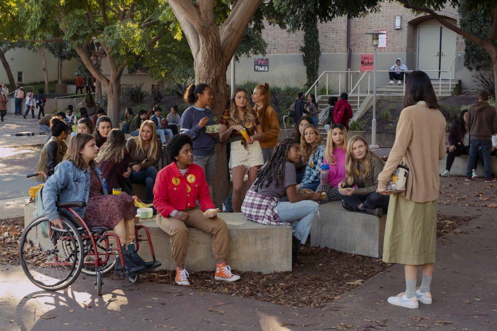 Emily Hopper as Meg, Anjelika Washington as Amaya, Sydney Park as Kiera, Sabrina Haskett as Kaitlynn, Alycia Pascual-Peña as Lucy Josie Totah as CJ, Hadley Robinson as Vivian, Lauren Tsai as Claudia in Moxie