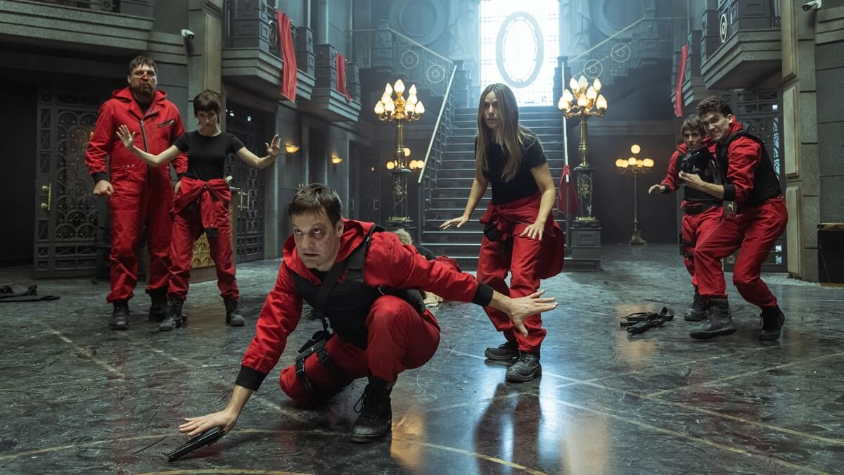 Read more about the article Netflix Just Released the First-Look Images of 'Money Heist' Part 5!