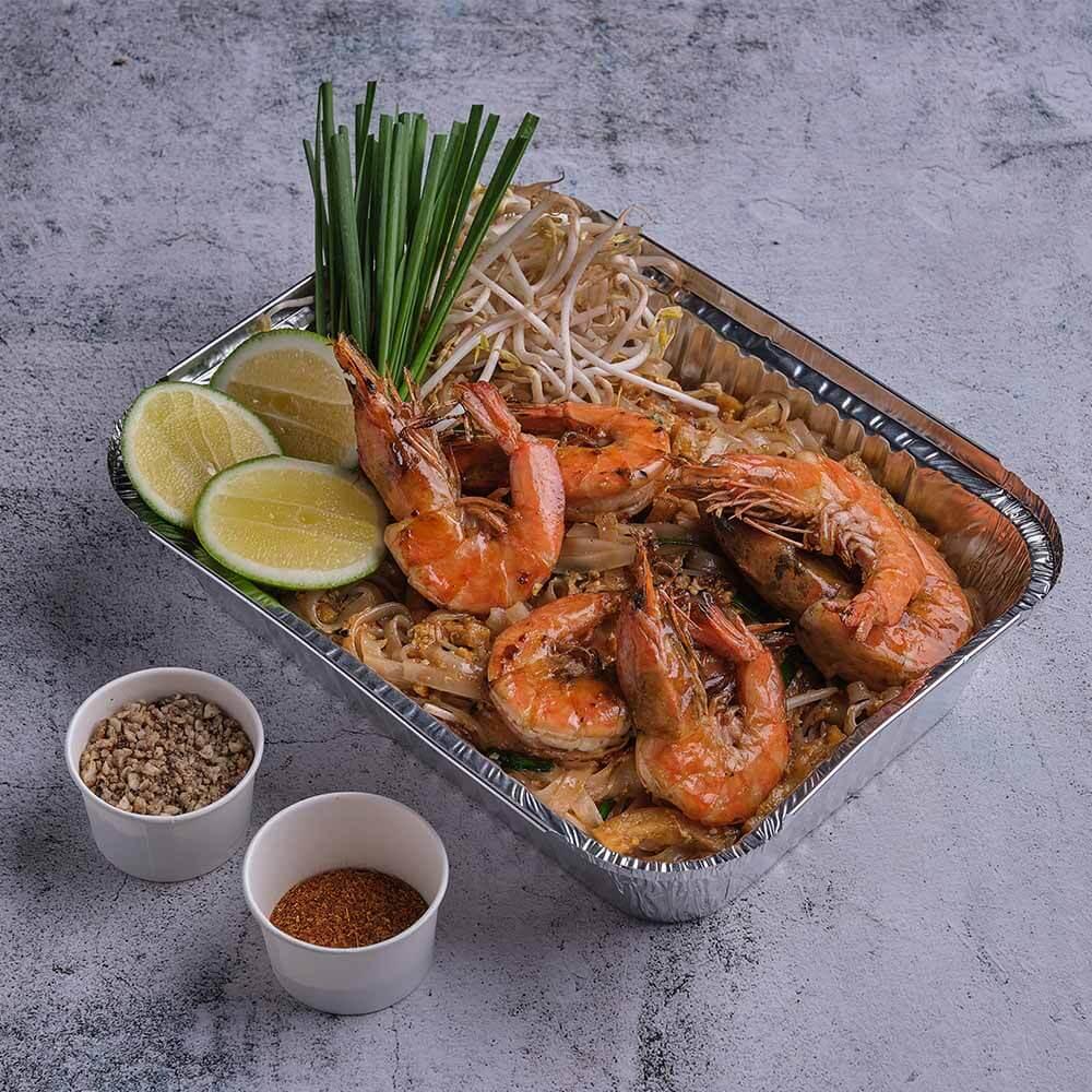 Pad Thai Gung/Shrimp Pad Thai (P380/solo, P1,200/potluck) by The Pad