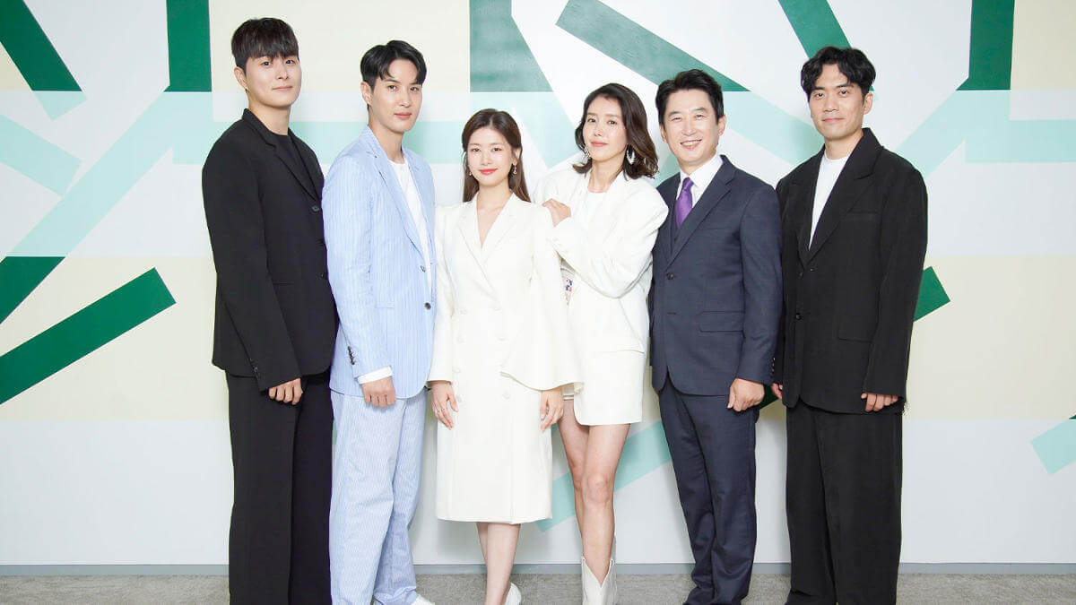 Read more about the article Jung So Min and Kim Ji Suk Star in New iQiyi K-Drama 'Monthly Magazine Home'