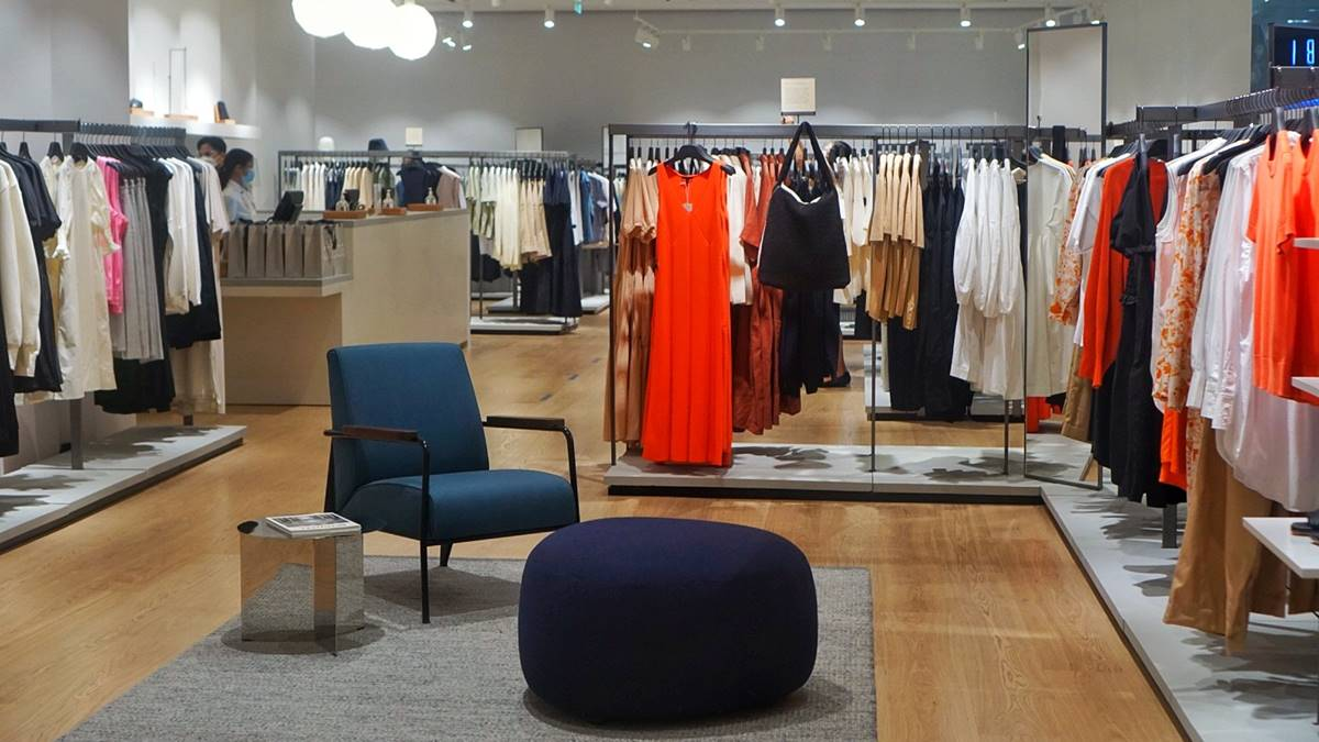 Read more about the article COS in Manila: First Look at the London-based Fashion Brand's First Philippine Store